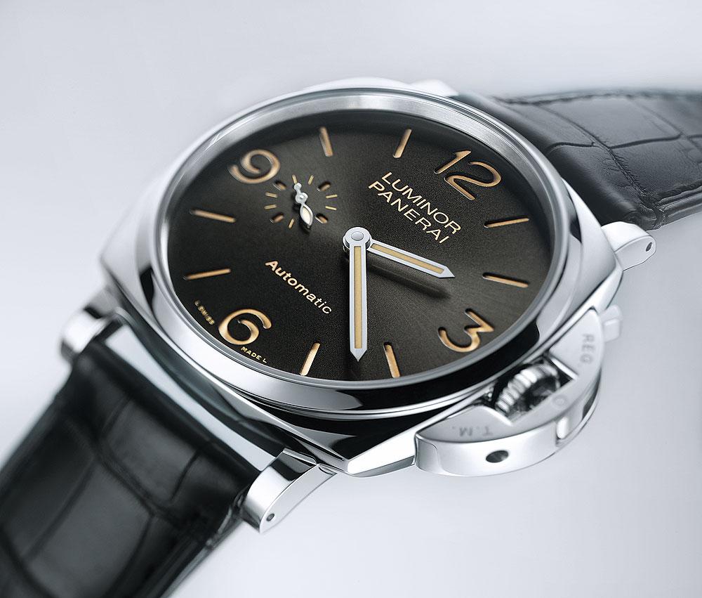パネライの時計「ルミノール」